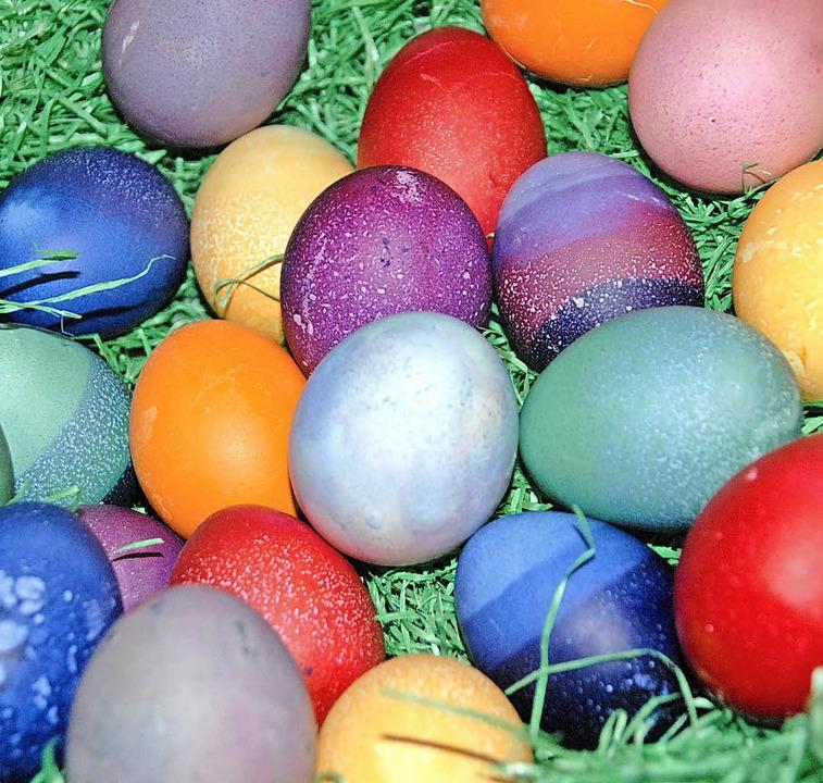 Viele bunte Eier können Kinder im Emilienpark finden  | Foto: Symbolbild: Stabla