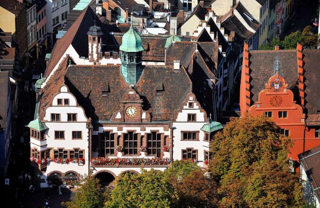 Fünf Herausforderer wollen statt Amtsi...Salomon ins Freiburger Rathaus ziehen.  | Foto: Ingo Schneider