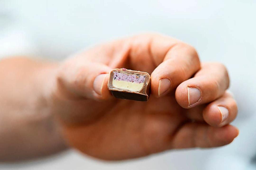 Schokoladenpralinen sind auch zu Ostern beliebt.   | Foto: Jonas Hirt