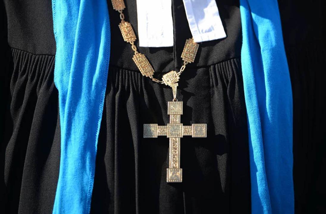 Für den evangelischen Kirchenbezirk Ma... schwerer, offene Stellen zu besetzen.  | Foto: dpa