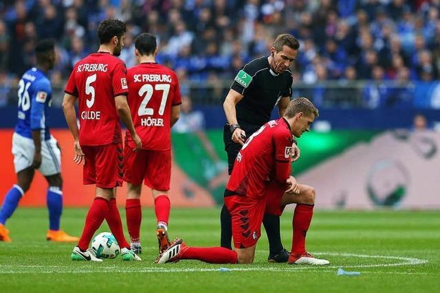 Schiedsrichter Stieler ist Schlüsselfigur beim Freiburger 0:2 auf Schalke