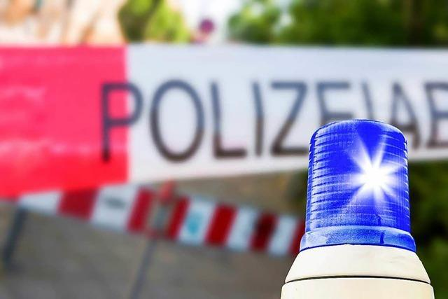 Auto kracht gegen Hauswand eines Gasthauses in Freudenstadt