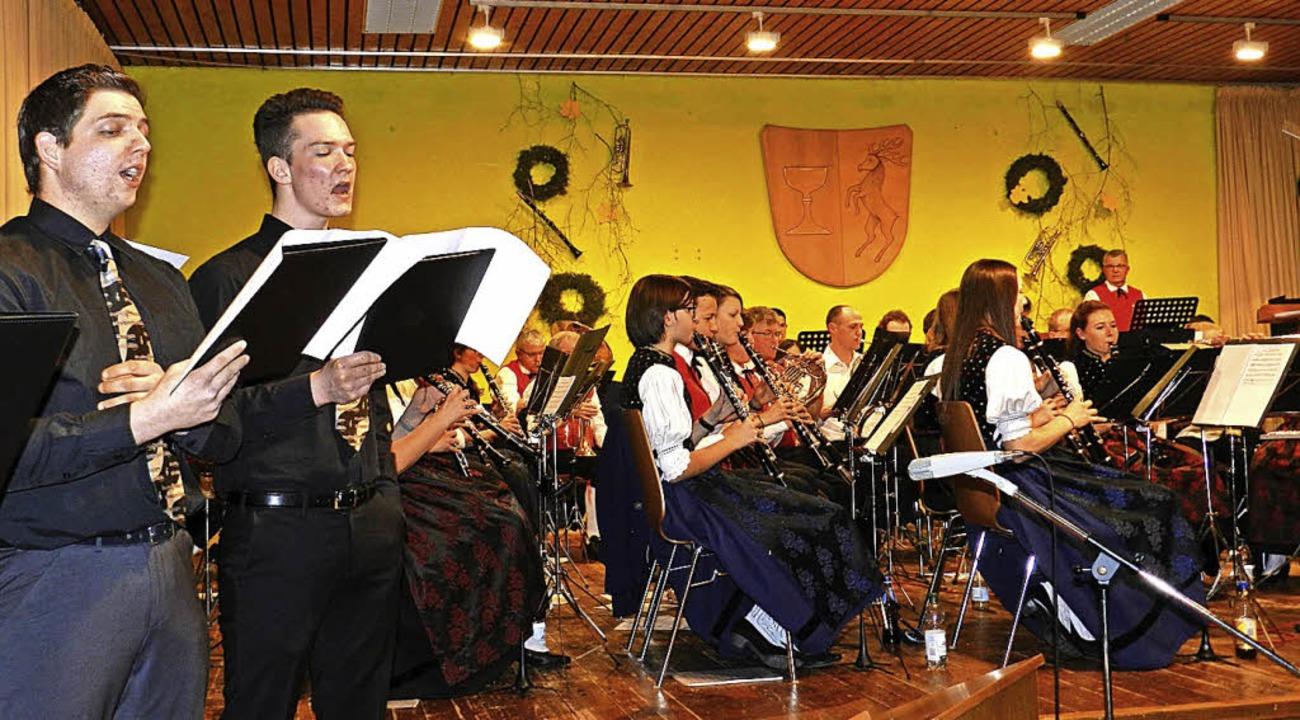Die Trachtenkapelle Fröhnd pflegt freu...s  musikalisch unter Beweis gestellt.   | Foto: G. Wiezel