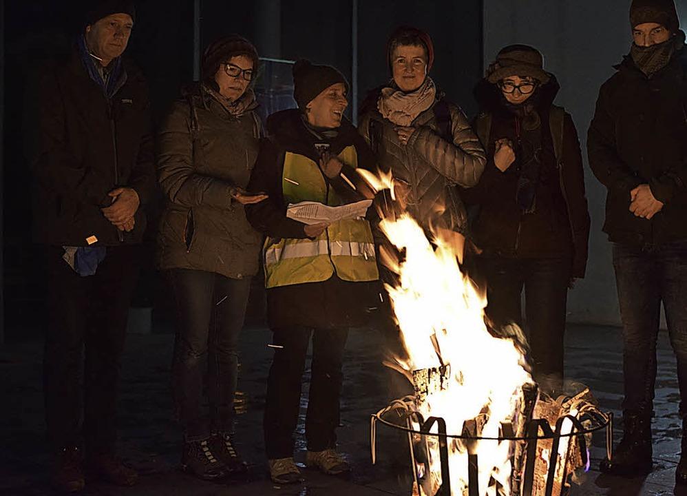 Den Abschluss der österlichen Nachtwan...chließende Gottesdienst in Vörstetten.  | Foto: Helena Kiefer