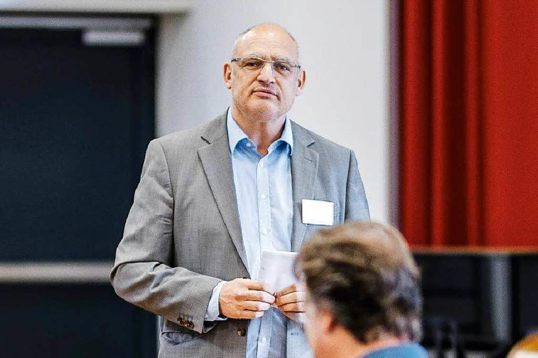 Helmut Schubach ist Projektleiter für die nationale Olympiade der Chöre.  | Foto: Jan Karow. hello@careaux.de
