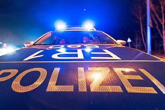 Nadel steckt im Schloss, Polizei vermutet Einbrecher