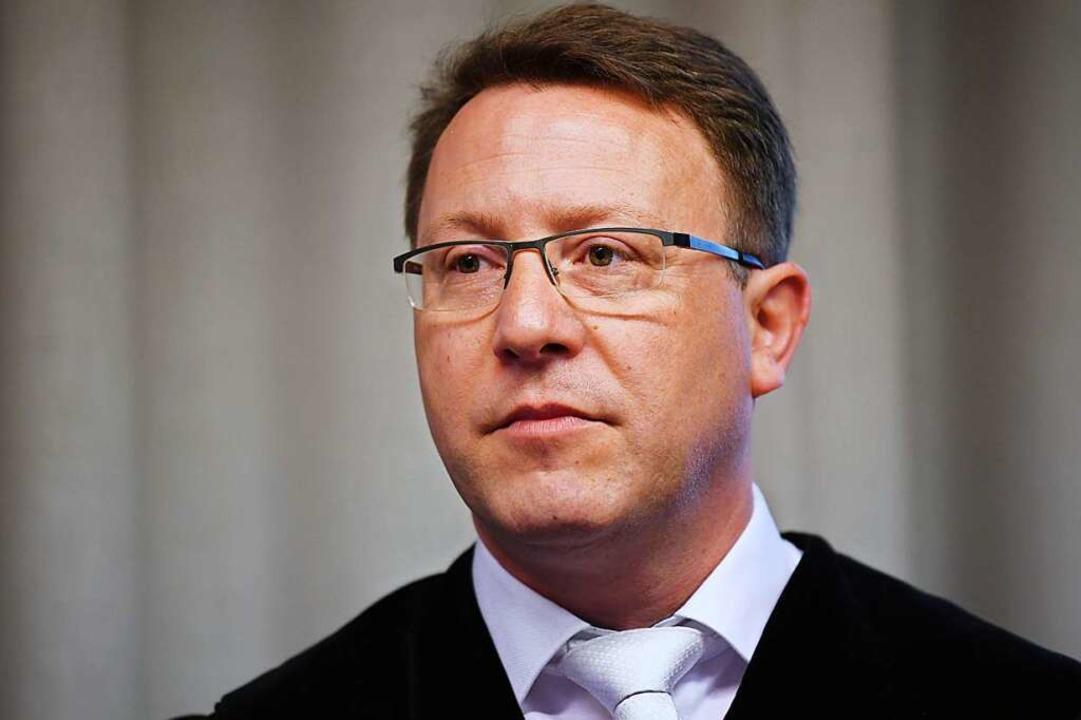 Oberstaatsanwalt Tomas Orschitt hat am Mittwoch die Anklage vorgetragen.  | Foto: dpa
