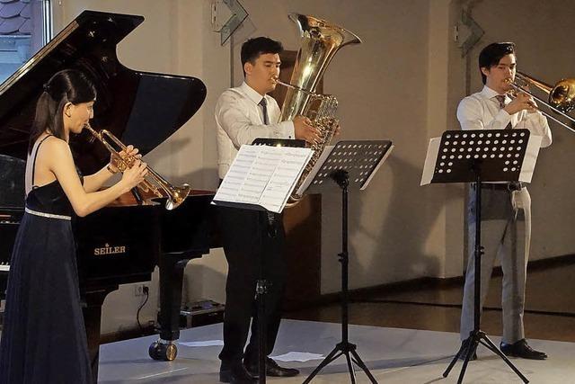 Zauberei mit Tuba, Trompete und Posaune