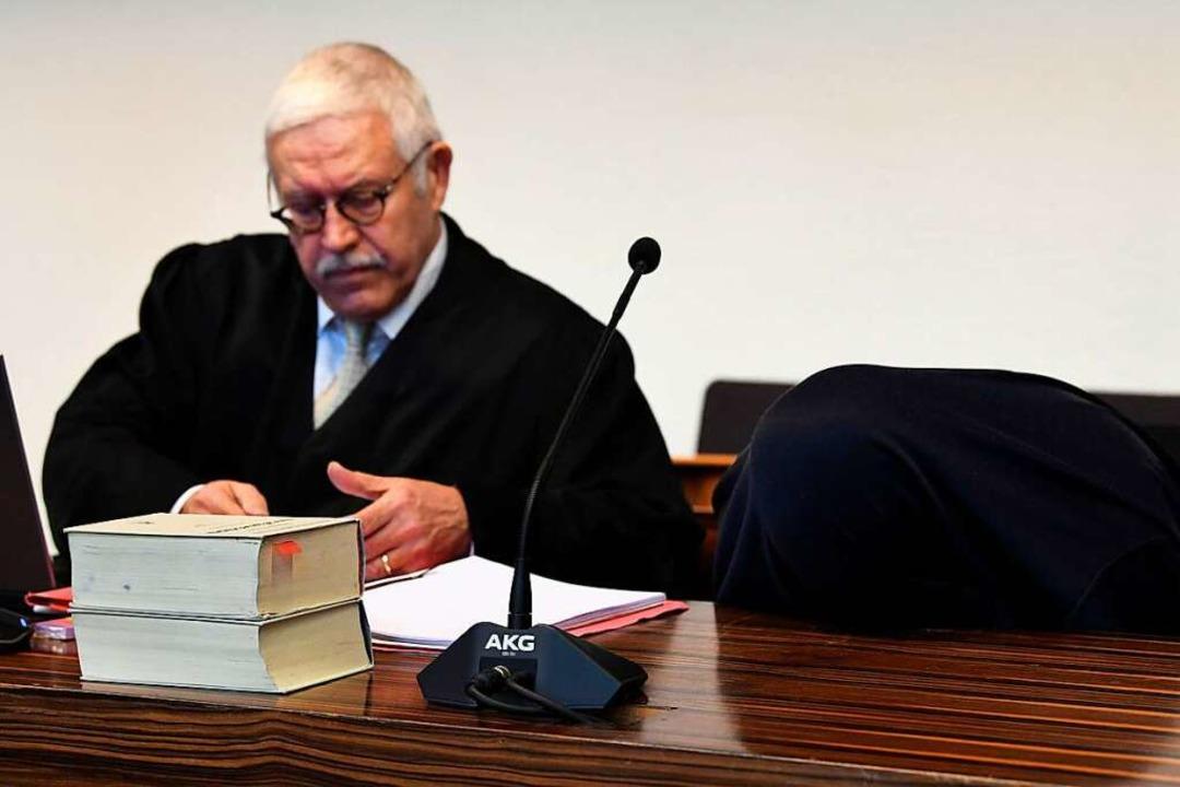B.s Pflichterverteidiger Klaus Malek am Mittwoch im Gerichtssaal.    Foto: dpa