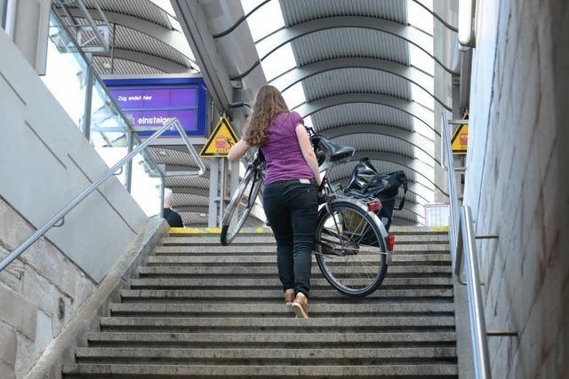 Stadt Freiburg gibt den Anschub für einen barrierefreien Bahnhof