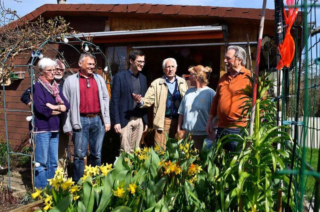 Martin Horn  bei den Kleingärtnern in Zähringen  | Foto: Thomas Kunz