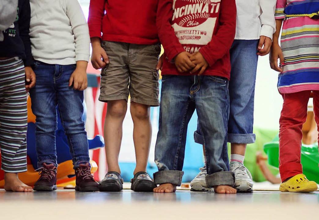 Hier lernt man früh, sich nicht gegenseitig auf die Füße zu treten.   | Foto: dpa