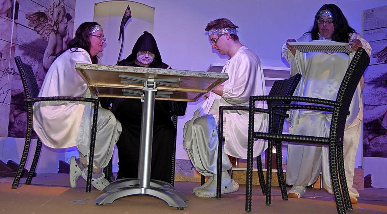 Zum Essen in der Himmelskantine waren ...ica Pertile von den Caritaswerkstätten    Foto: Dramac
