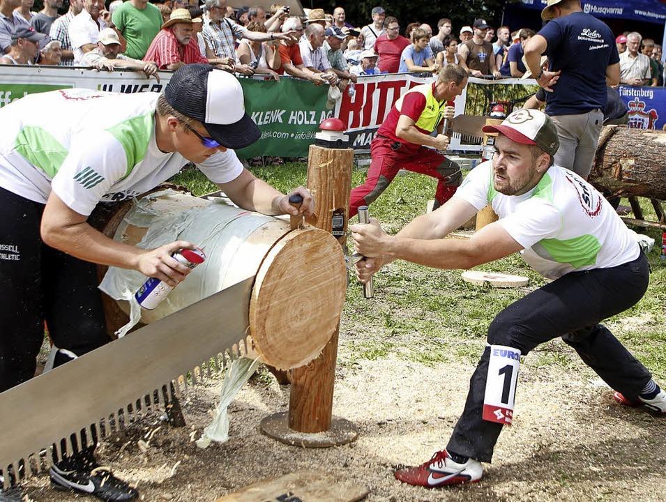 Arbeits- und organisationsintensiv sind die Holzfällermeisterschaften.   | Foto: Heidi Fössel
