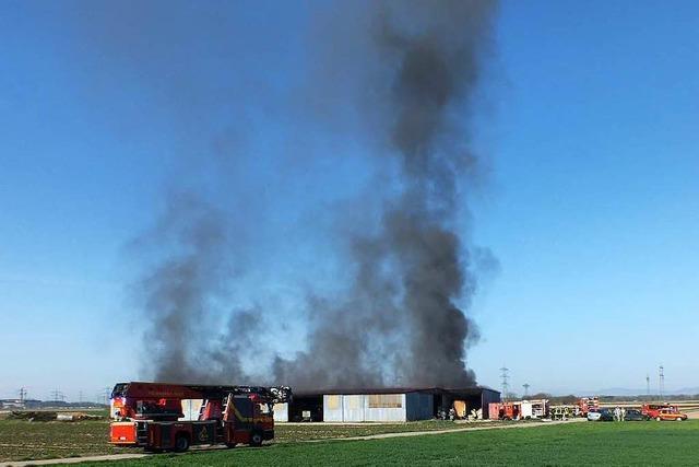 Scheunenbrand: Rauchsäule bei Kappel-Grafenhausen