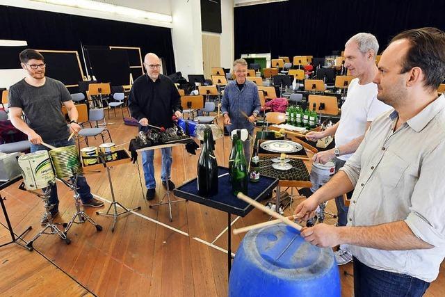Am Dienstag führt das Philharmonische Orchester das Müll-Konzert vor