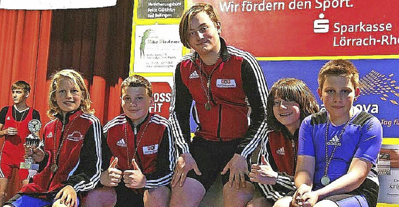 Die erfolgreichen Eisenbacher Nachwuch...arbach, Leon Blümel und Jannis Reiße.     Foto: Privat