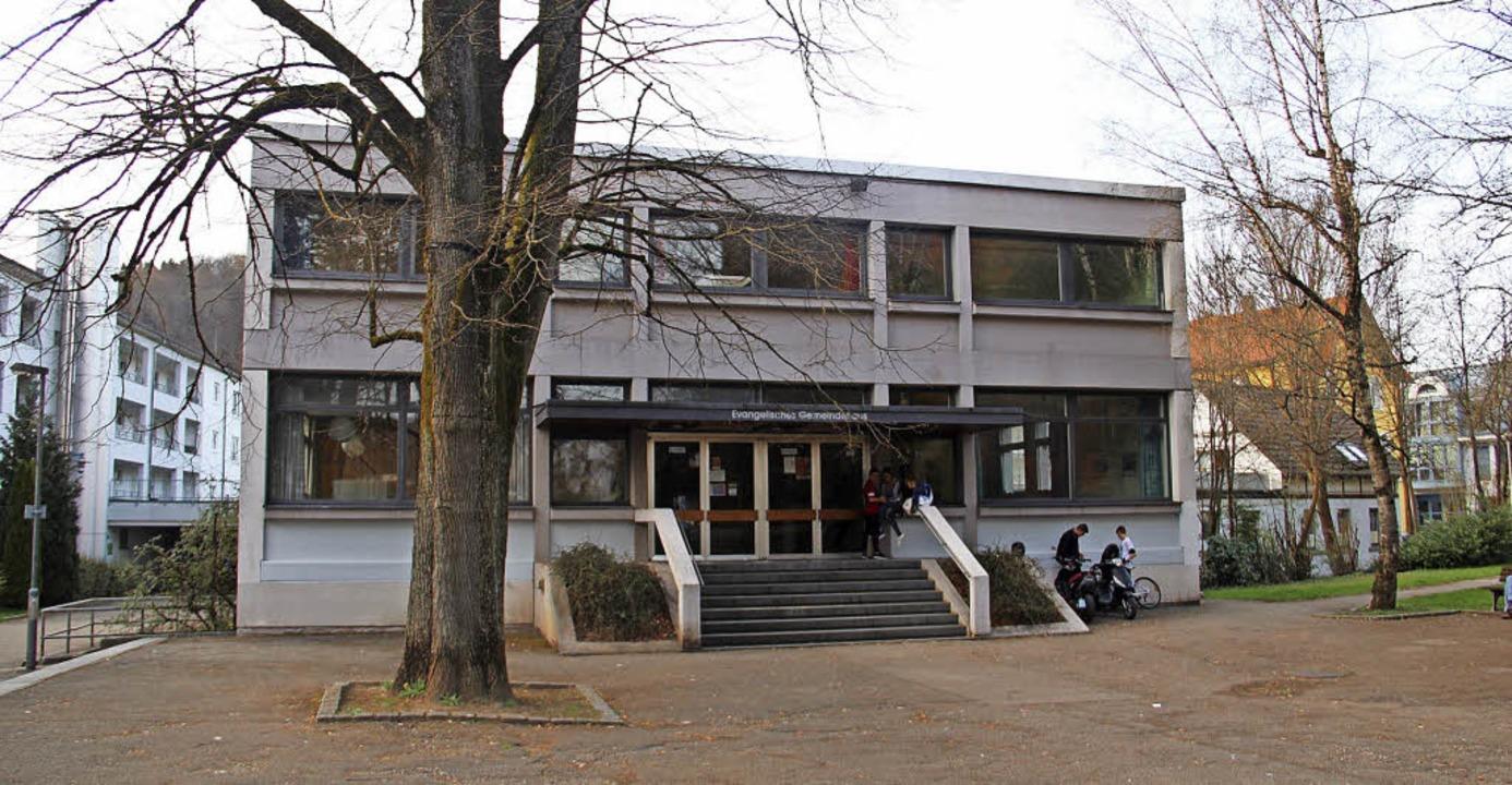 Ausblick: Das alte Gemeindehaus  der e... wären nach diesen Plänen mit im Boot.  | Foto: Monika Weber