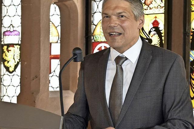 Stefan Breiter hat seinen Dienst als Finanzbürgermeister der Stadt Freiburg angetreten