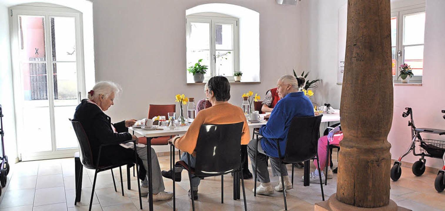 &#8... Alten Spital gemeinsam gefrühstückt.   | Foto: Rainer Ruther