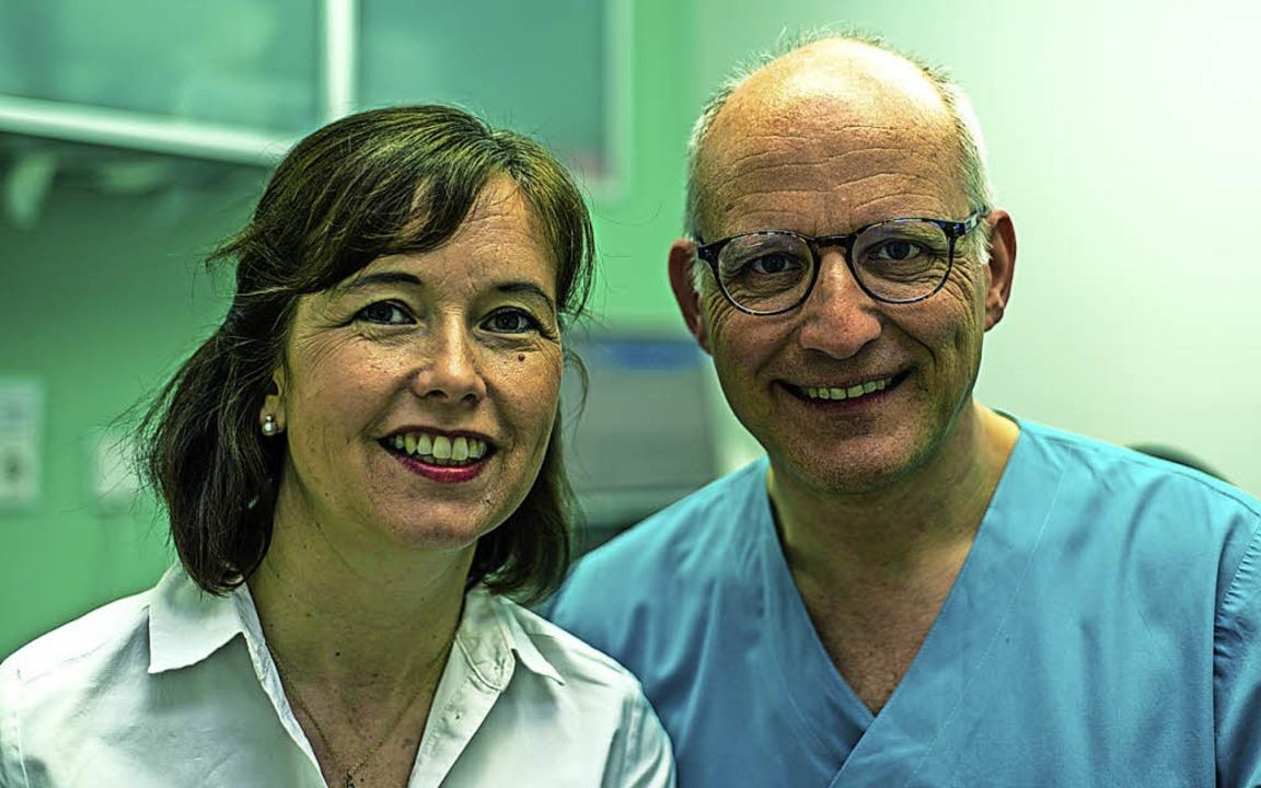 Claudia  und Olaf Preuß gehen individu...eit 25 Jahren führen sie ihre Praxis.   | Foto: Preuss