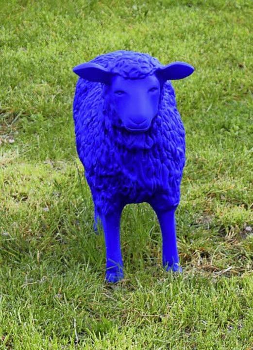 Eines der blauen Schafe im Seepark  | Foto: jtr