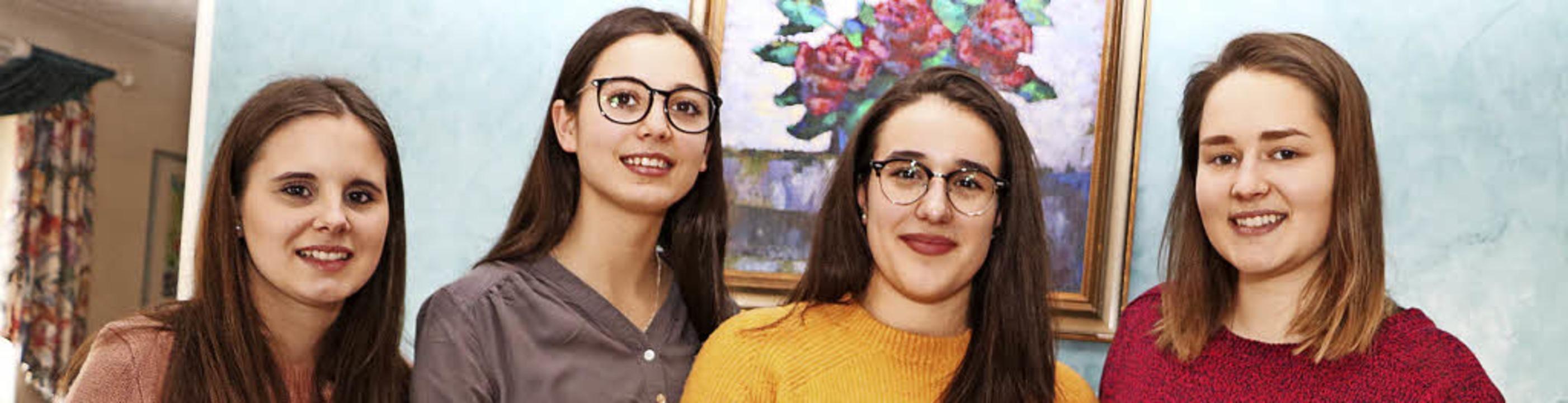 Noemi Filia, Lisa Hertenstein, Louisa ...werbung um den Deutschen Gründerpreis.  | Foto: Martha Weishaar