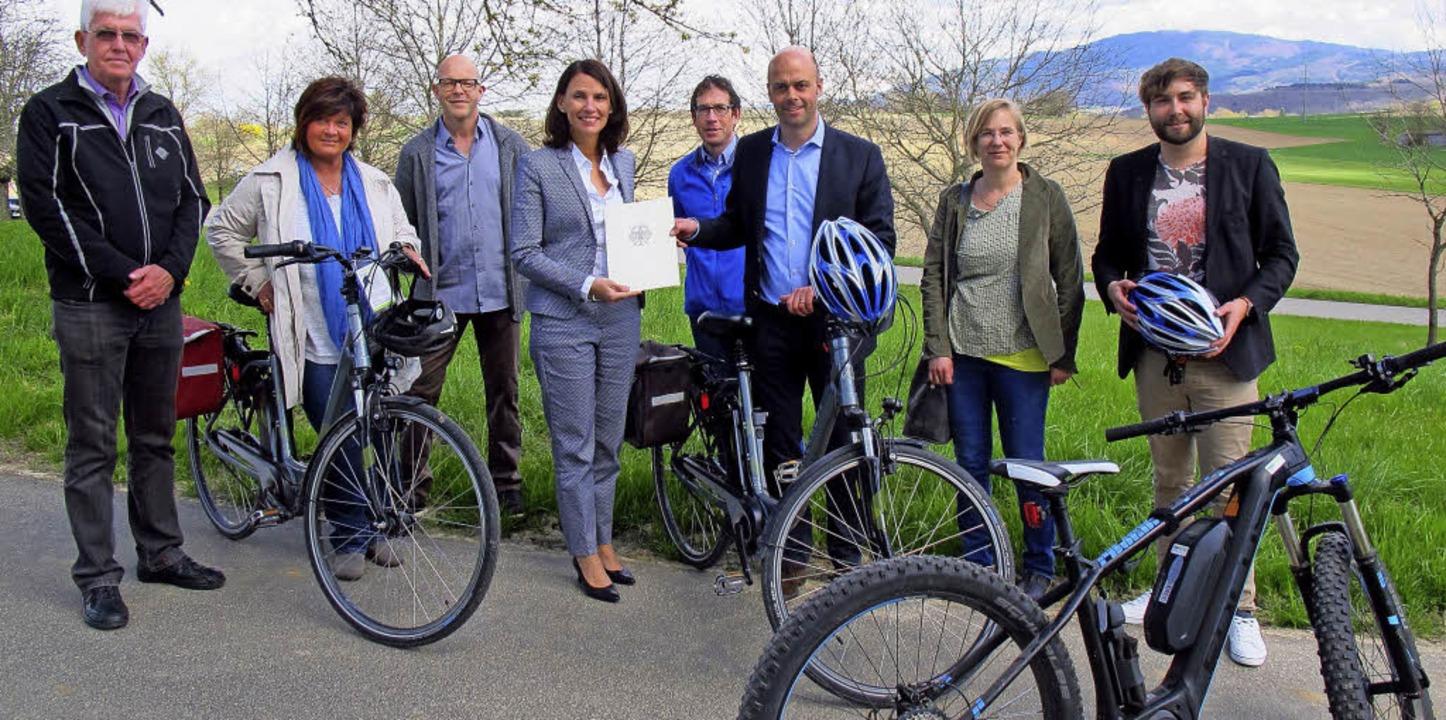 Klimaschutzzertifikat für den Radweg B...rBade- und Kurverwaltung Bad Bellingen  | Foto: Jutta Schütz
