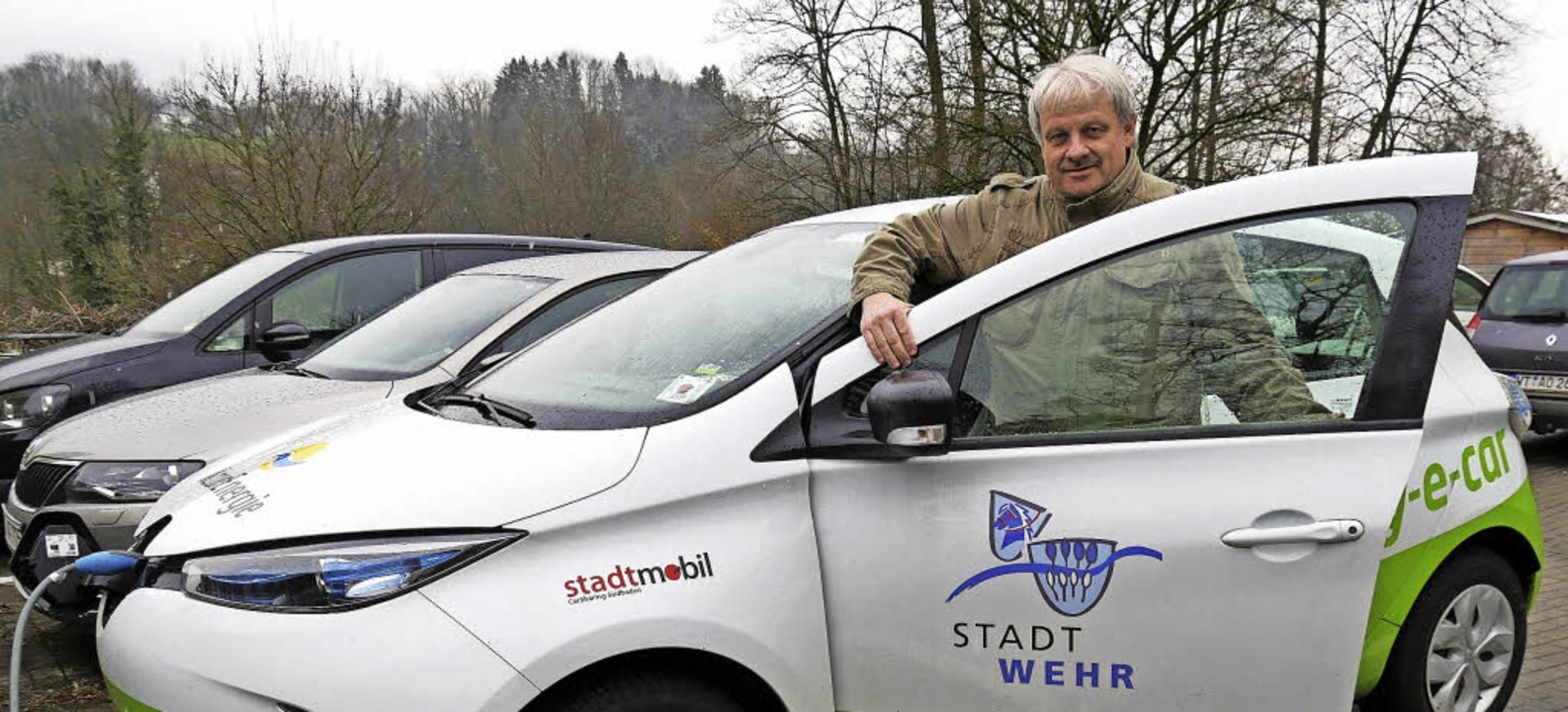 Clemens Thoma ist überzeugt von der El...ität und vom Konzept des Car-Sharings.  | Foto: Jörn Kerckhoff