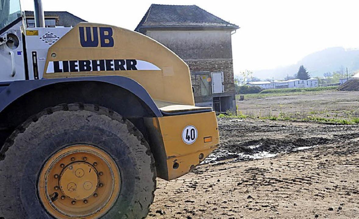 """Lautes Gerät bei der Erschließung des ...;Alte Weberei"""" nervt Anwohner.      Foto: Bergmann"""