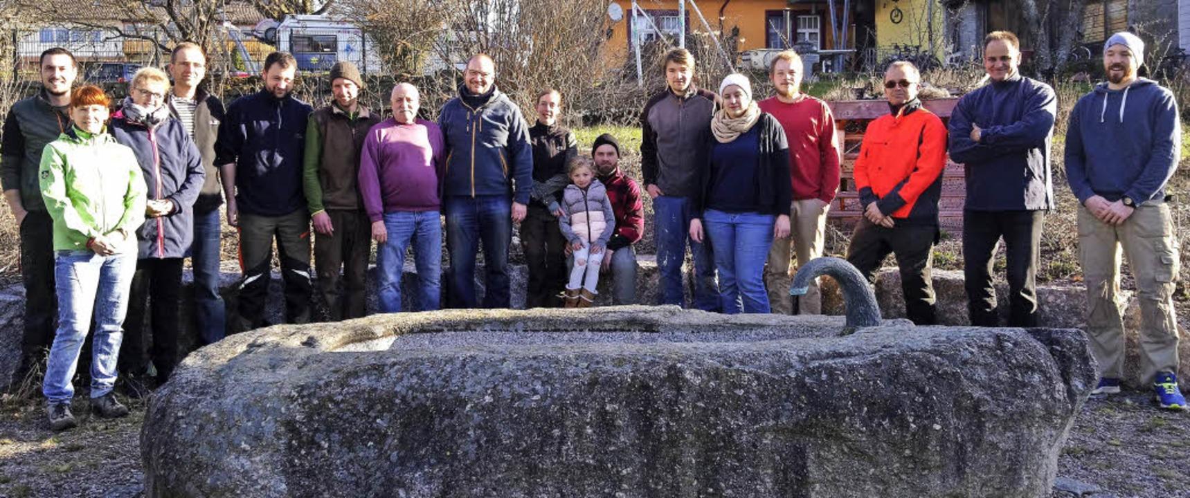 Eine Gruppe aus Mitgliedern des Schwar...n engagierte sich für den Naturschutz.  | Foto: Schwarzwaldverein