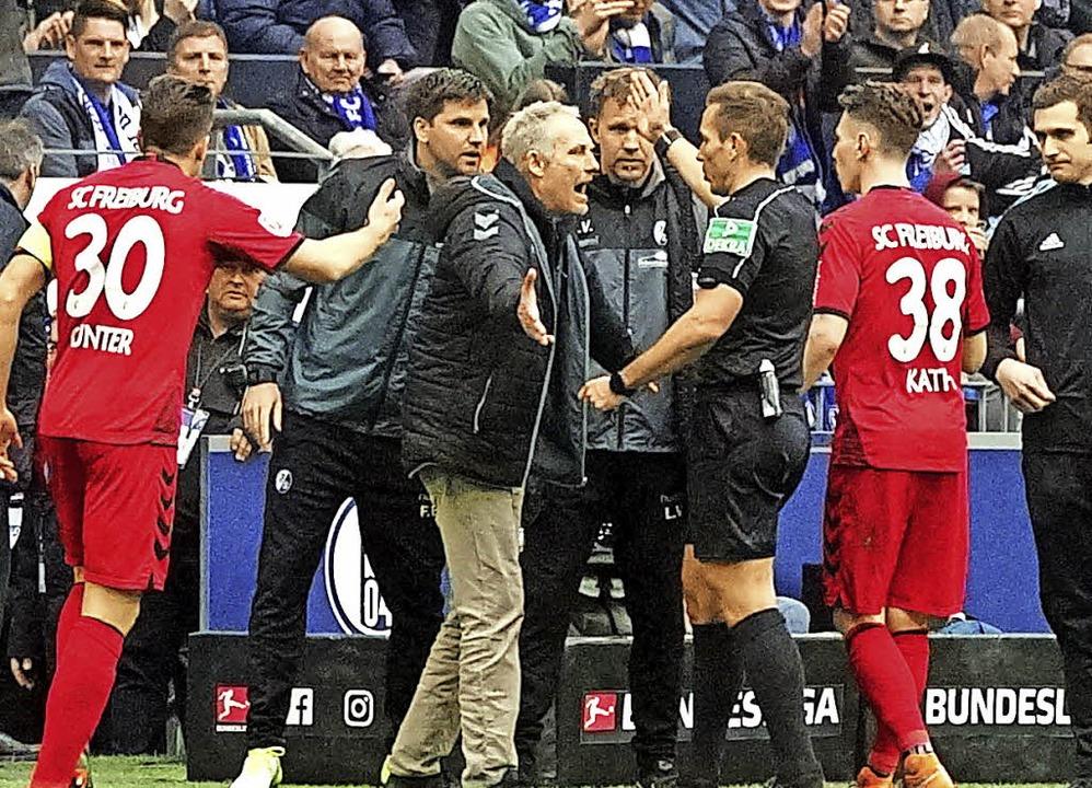 SC Freiburg-Trainer Christian Streich ...er, der ihn  auf die Tribüne schickt.   | Foto: Joachim Hahne/Patrick Seeger