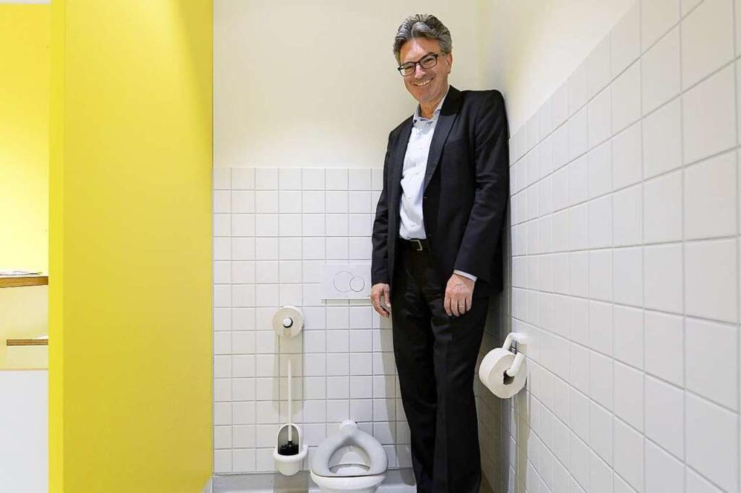 Hüter des stillen Örtchens: OB Salomon.  | Foto: Ingo Schneider