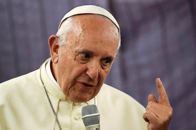 Papst zeigt sich nach Luftschlägen in Syrien zutiefst beunruhigt