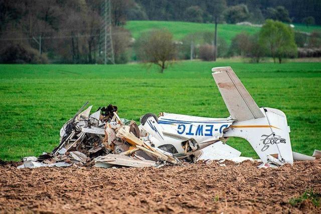 Mindestens zwei Tote bei Zusammenstoß von Kleinflugzeugen