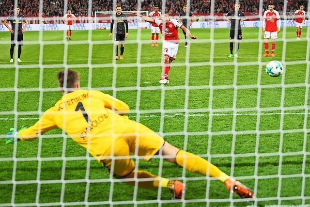 DFB-Referees finden Halbzeit-Elfmeter