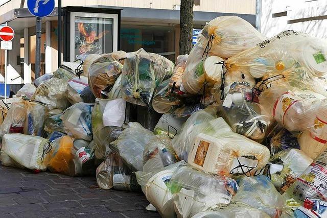 Gelbe Säcke: Alles im Griff trotz Ansturm auf Recyclinghof Haagen