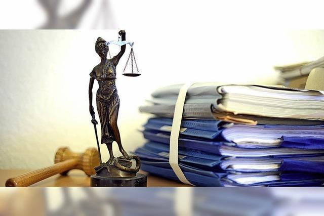 Richterin verurteilt Frau, Ehemann bleibt straffrei