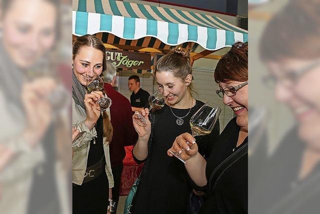 Breisgauer Weinprinzessin eröffnet 20. Weinmesse