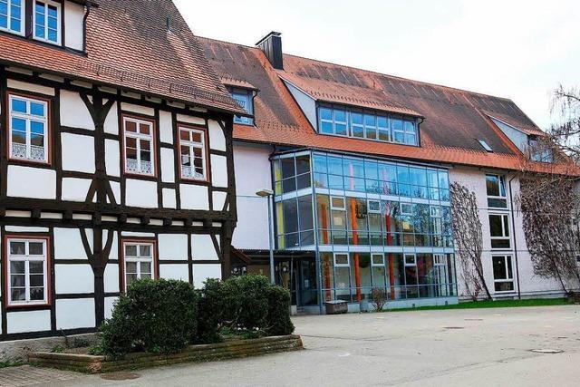 Verschobene Deutschprüfung kostet Steuerzahler rund 30.000 Euro