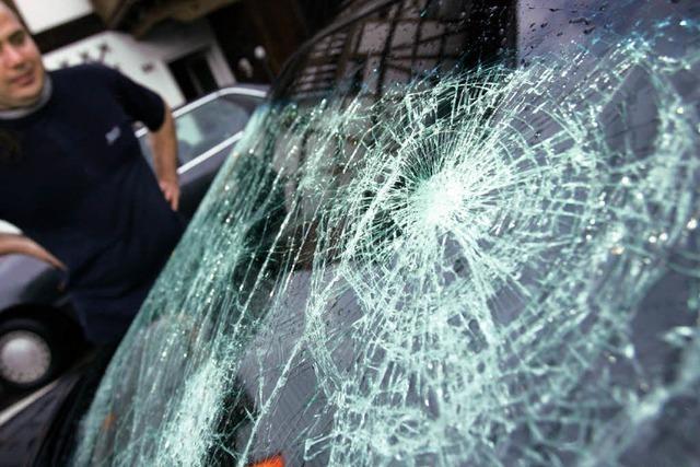 13-Jähriger verübt Serie von Autoaufbrüchen