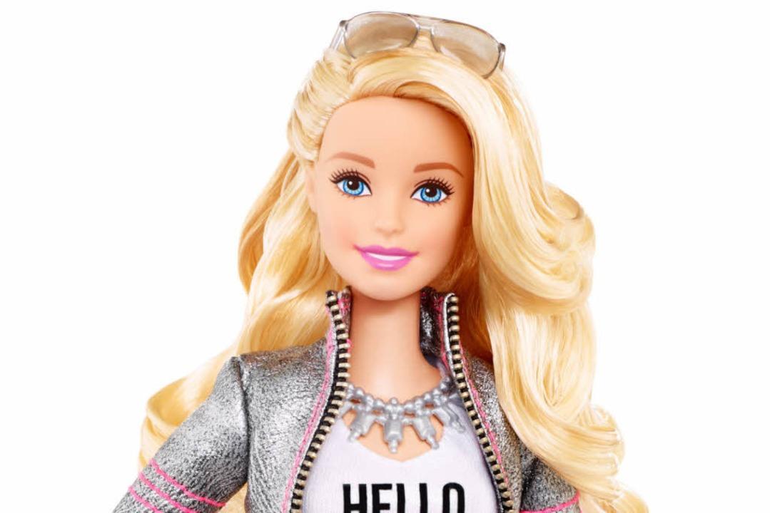Barbie darf alles – auch Waschmaschinen reparieren.  | Foto: dpa