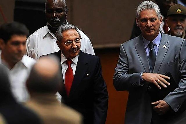 Miguel Díaz-Canel zum neuen Präsidenten Kubas gewählt