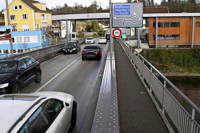 Demo gegen Akw auf der Rheinbrücke