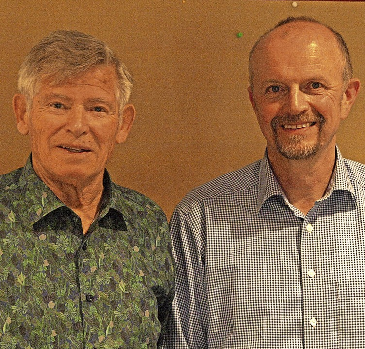 Einen Ämtertausch in der Vorstandschaf... (links) zu seinem Vize gewählt wurden  | Foto: Karin Stöckl-Steinebrunner
