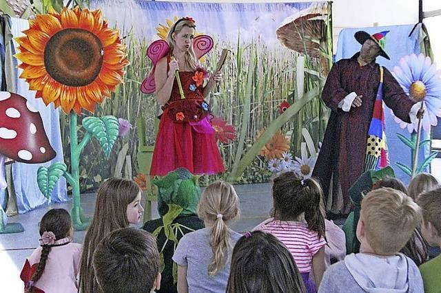 Oper verzaubert Kinder in der Zelgturnhalle