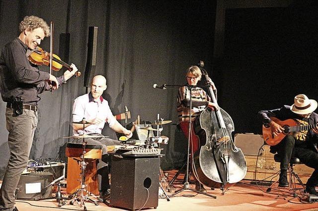 Folklore trifft auf Jazz-Elemente