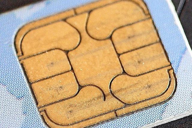 Mit fingierten Handyverträgen zu 1,8 Millionen Euro