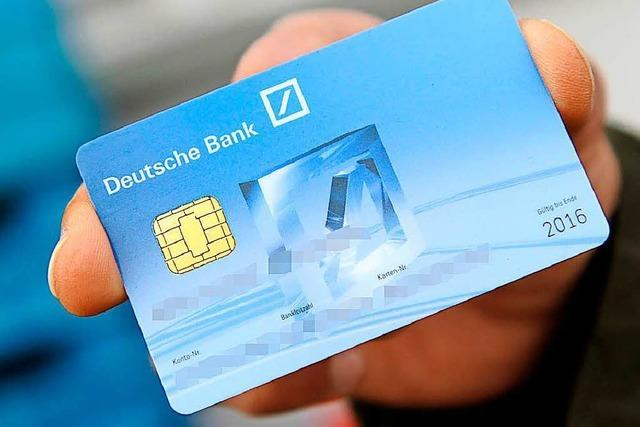 Maulburg: Falscher Banker nimmt Seniorin EC-Karte plus Pin ab