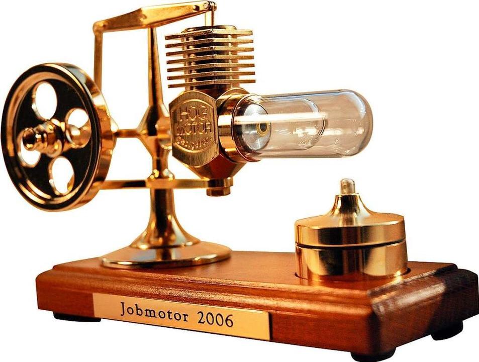 Der Preis für die Sieger: Das Modell eines Stirling-Motors  | Foto: Reck,Lucia